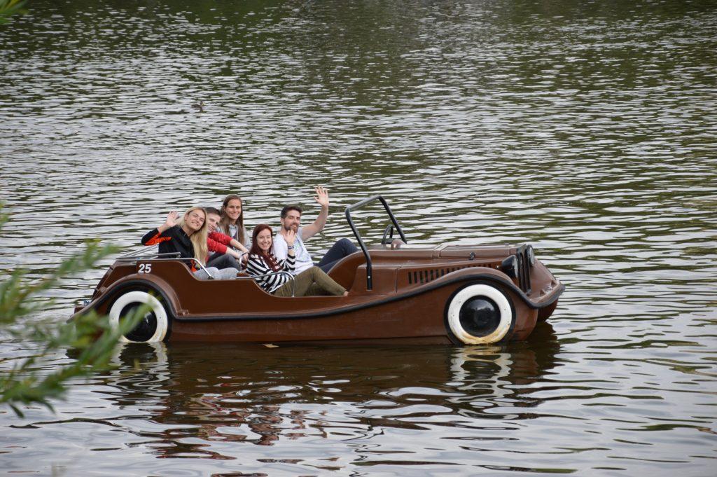 The team paddling on Vltava.